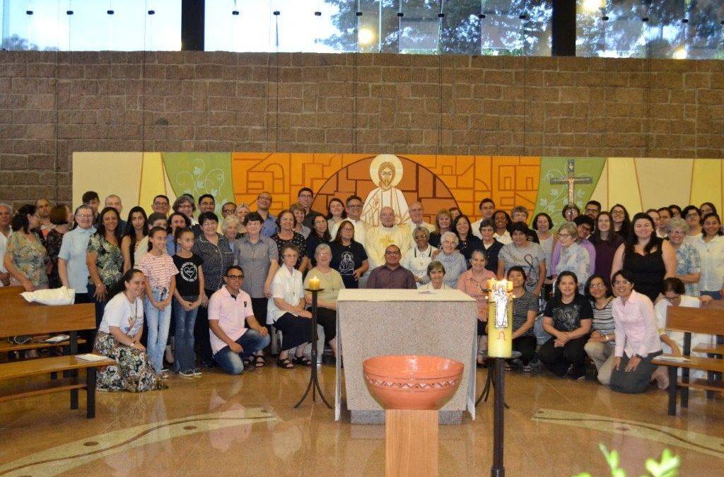 Amigos do Divino Mestre emitem votos na Festa de Jesus Mestre, 2019